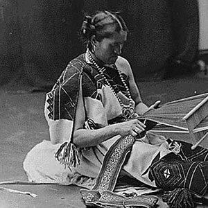 Zuni Weaver