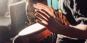 Hands drumming